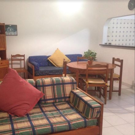 Rent this 2 bed room on Estr. do Alvor in 8500 Portimão, Portugal
