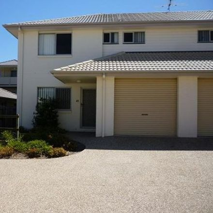 Rent this 3 bed townhouse on 30/3 BRUSHWOOD COURT