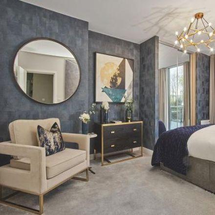 Rent this 2 bed apartment on Da Vinci Lodge in West Parkside, London SE10 0BA
