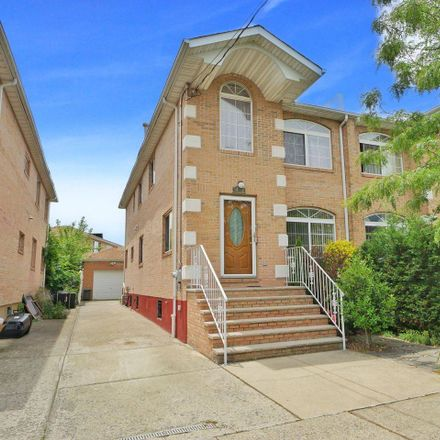 Rent this 4 bed townhouse on 1478 Royce Street in New York, NY 11234
