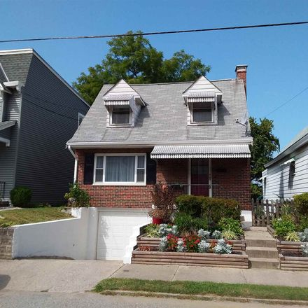 Rent this 2 bed house on 113 Cleveland Avenue in Bellevue, KY 41073