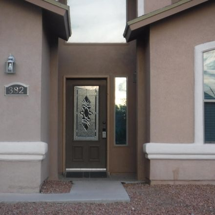 Rent this 5 bed loft on Horizon Blvd in El Paso, TX