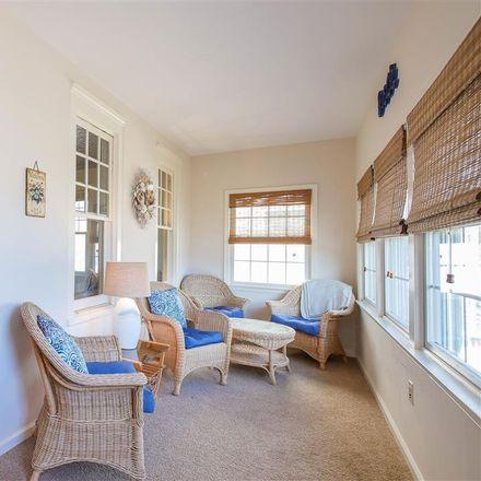 Rent this 6 bed house on 14 Ocean Road in Ocean City, NJ 08226