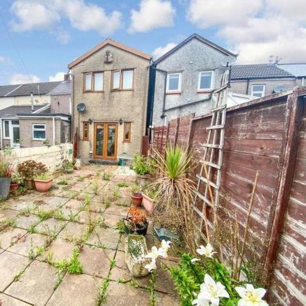 Rent this 2 bed house on Chapel Street in Treorchy, CF42 6RT