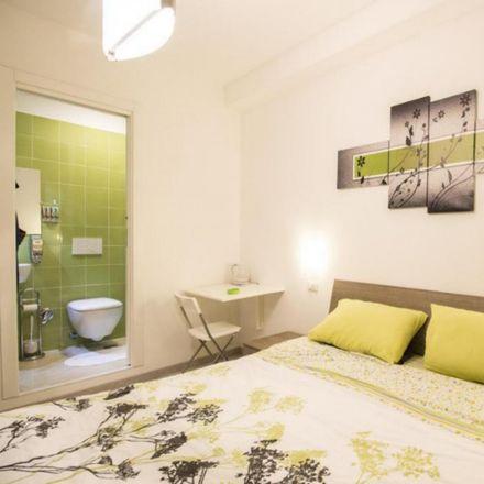 Rent this 3 bed room on Fulmini e Saette in Via Gaspare Gozzi, 83