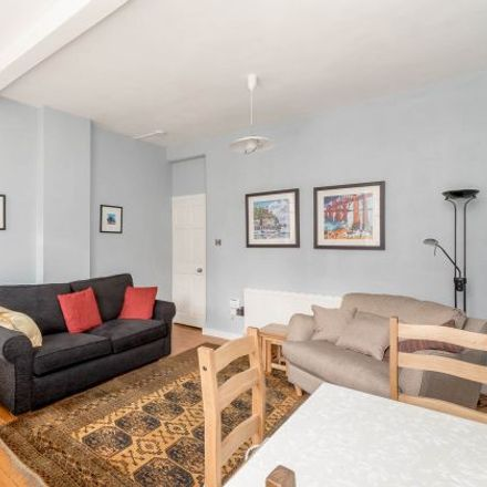 Rent this 2 bed apartment on Tron Square in City of Edinburgh, EH1 1RP
