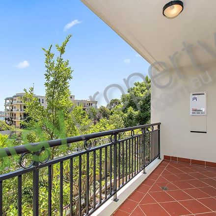 Rent this 1 bed apartment on 202/7 Yara Avenue