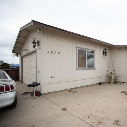 Rent this 3 bed house on 3582 South Pratt Street in Tulare County, CA 93274