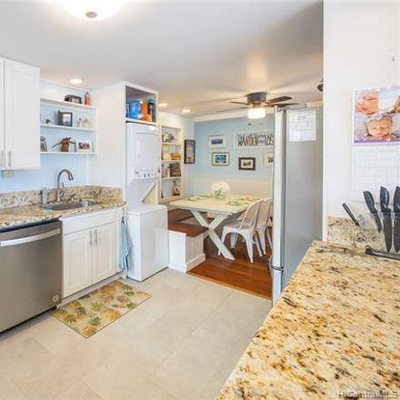 Rent this 3 bed townhouse on 146 Maluniu Avenue in Kailua, HI 96734