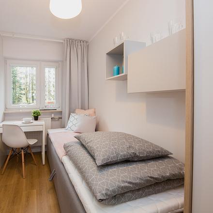 Rent this 6 bed room on Gąbińska 18 in 01-703 Warsaw, Poland