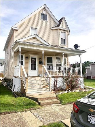 Rent this 3 bed house on 2016 Charles Street in Wellsburg, WV 26070