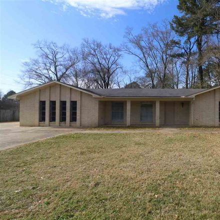 Rent this 3 bed house on Frontage Rd in Terry, MS
