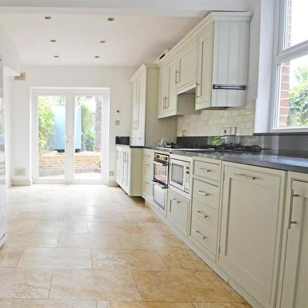 Rent this 3 bed house on Homebase in Leighton Road, Hove BN3 7AE