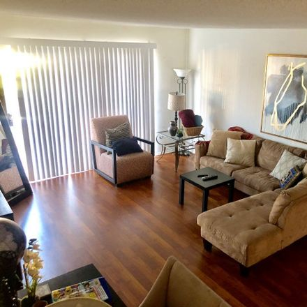 Rent this 3 bed apartment on 7050 Waring Avenue in Los Angeles, CA 90038