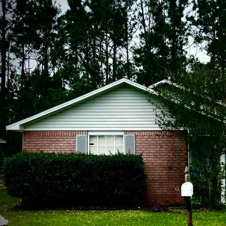 Rent this 3 bed house on Bay Pine Villa Dr in Pensacola, FL