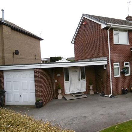 Rent this 4 bed house on Middle Drive in Rotherham S60 3DL, United Kingdom