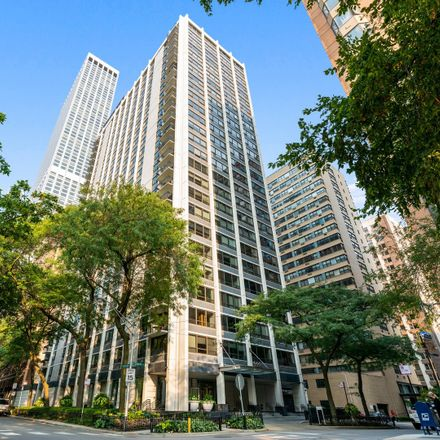 Rent this 2 bed condo on Pearson on the Park in 222 East Pearson Street, Chicago