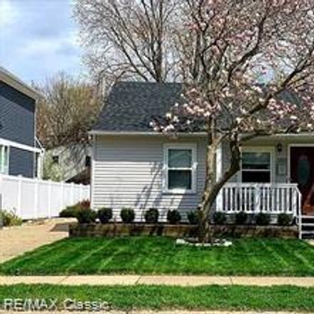 Rent this 4 bed house on 3952 Ellwood Avenue in Berkley, MI 48072