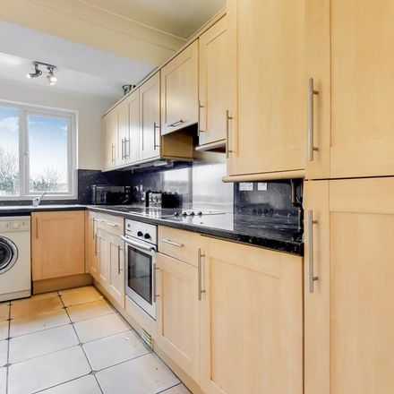 Rent this 4 bed house on London Road in London DA1 4DS, United Kingdom
