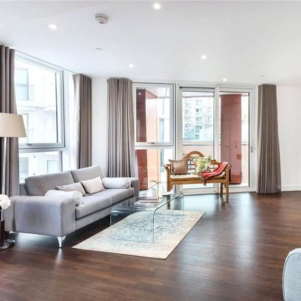 Rent this 2 bed apartment on Sainsbury's in Wandsworth Road, London SW8 2FW