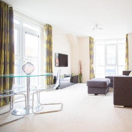 Rent this 2 bed apartment on School House in Warwick Road, Solihull B91