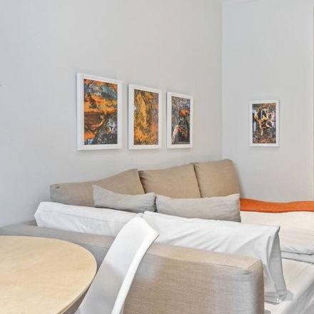 Rent this 1 bed apartment on Hortaleza 48 in Calle de Hortaleza, 48