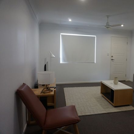 Rent this 3 bed apartment on 7/6 Brisbane Street