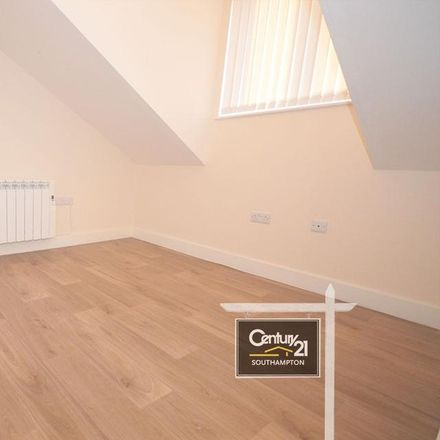 Rent this 1 bed apartment on Subway in Victoria Road, Southampton SO19 9DX