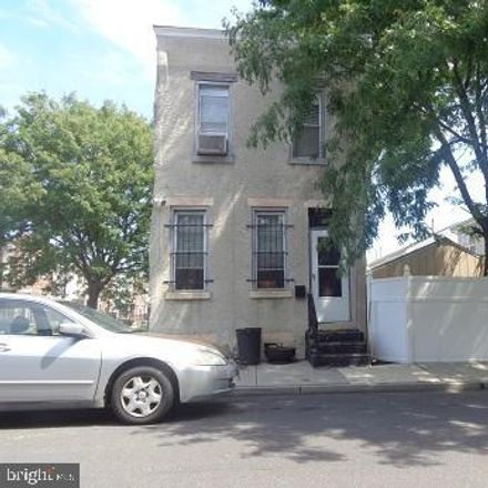Rent this 2 bed house on 1017 Penn Street in Camden, NJ 08102