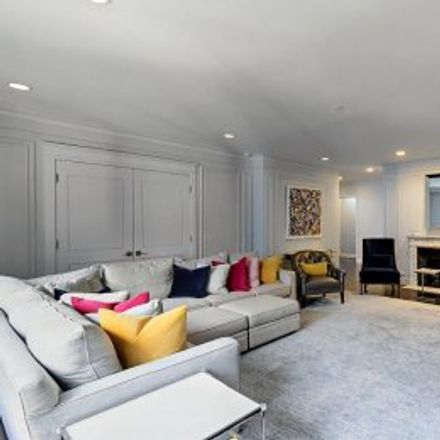 Rent this 4 bed apartment on #10A in 475 Park Avenue, Midtown Manhattan