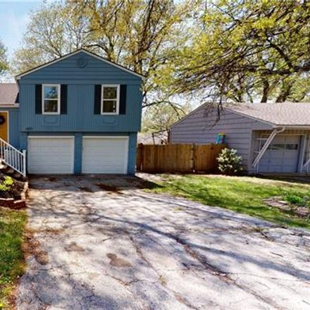 Rent this 3 bed apartment on 3801 West 79th Street in Prairie Village, KS 66208