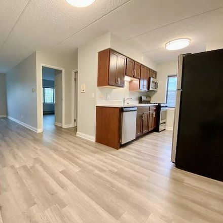 Rent this 1 bed condo on 835 Pearson Street in Des Plaines, IL 60016