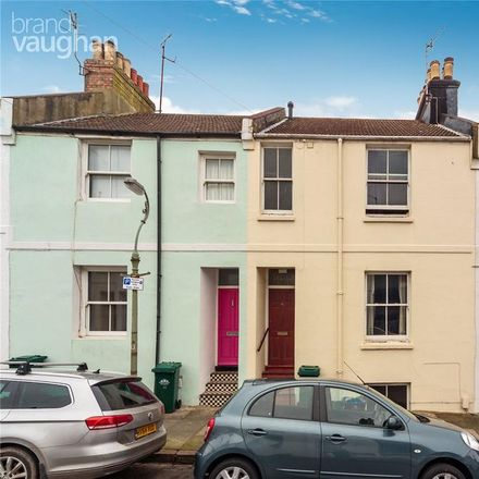 Rent this 5 bed house on Ewart Street in Brighton BN2 9SF, United Kingdom