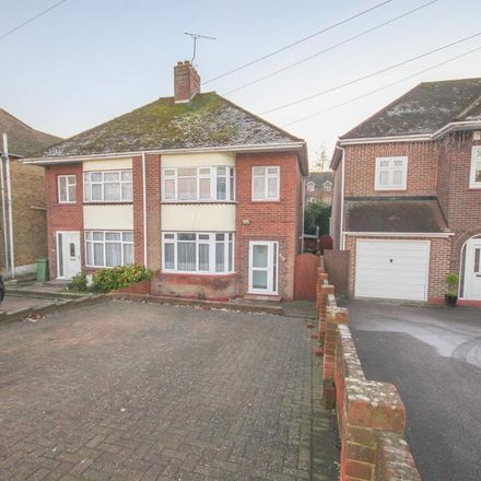 Rent this 3 bed house on 239 London Road in Sittingbourne ME10 1NS, United Kingdom