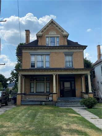 Rent this 5 bed house on 928 California Avenue in Avalon, PA 15202