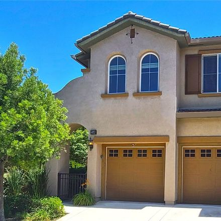 Rent this 3 bed townhouse on 25566 Via Ventana in Mentryville, CA 91381