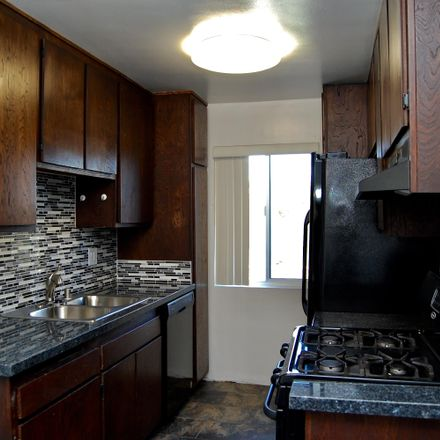 Rent this 2 bed apartment on 3607 Watseka Avenue in Los Angeles, CA 90034