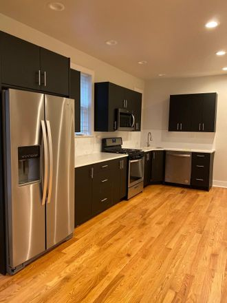Rent this 4 bed condo on 2939 N Kedzie Ave in Chicago, IL 60618