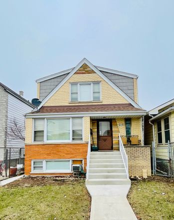 Rent this 5 bed duplex on South Kilpatrick Avenue in Chicago, IL 60638