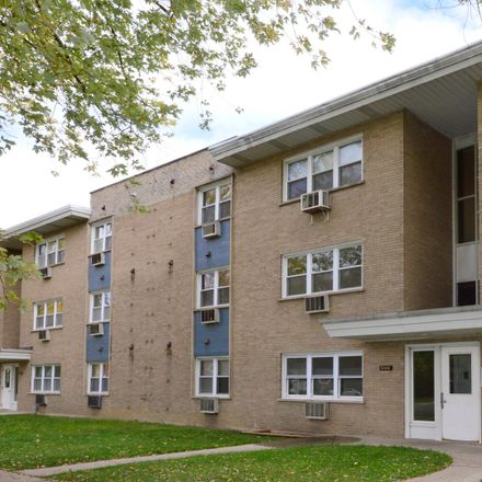 Rent this 2 bed condo on North California Avenue in Chicago, IL 60625