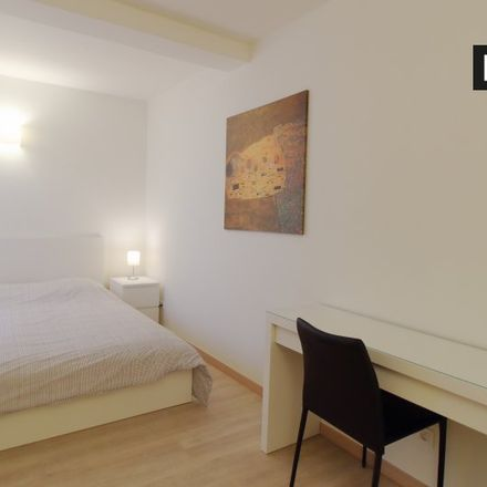 Rent this 3 bed apartment on Rue d'Accolay - Accolaystraat 1 in 1000 Ville de Bruxelles - Stad Brussel, Belgium
