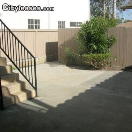 Rent this 2 bed apartment on Huntington Beach High School in Union Avenue, Huntington Beach