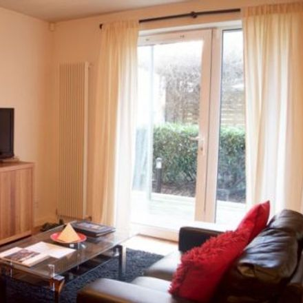 Rent this 3 bed apartment on The Park in 87-89 Holyrood Road, City of Edinburgh EH8 8BA
