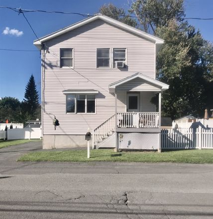 Rent this 3 bed house on 14th St in Watervliet, NY