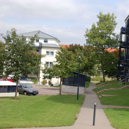 Rent this 2 bed apartment on Flemminger Weg 123 in 06618 Naumburg (Saale), Germany