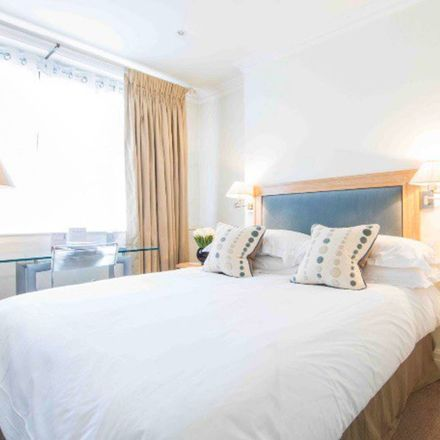 Rent this 1 bed apartment on Harrods in 87-135 Brompton Road, London SW1X 7XL