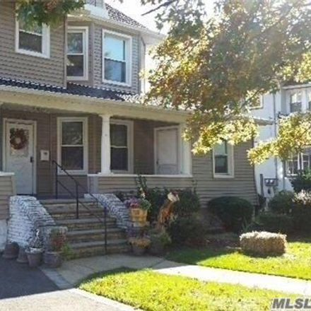 Rent this 2 bed apartment on 226 Vincent Avenue in Lynbrook, NY 11563