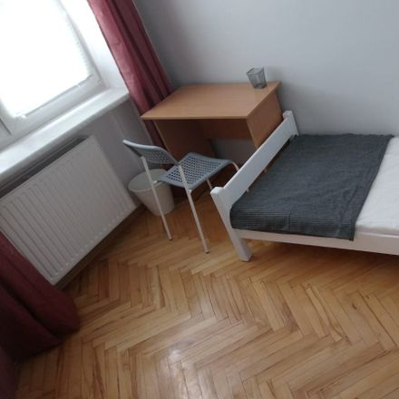 Rent this 3 bed room on Aleja Niepodległości 76/78 in 02-626 Warsaw, Poland
