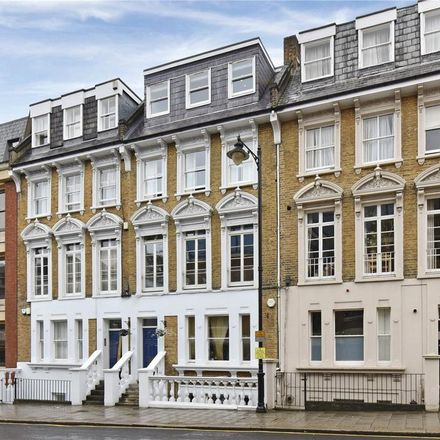 Rent this 2 bed apartment on The Corner House in 22 Sheet Street, Windsor SL4 1BG
