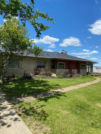 Rent this 2 bed house on 25 Mel Lawn Drive in Fort Thomas, KY 41075